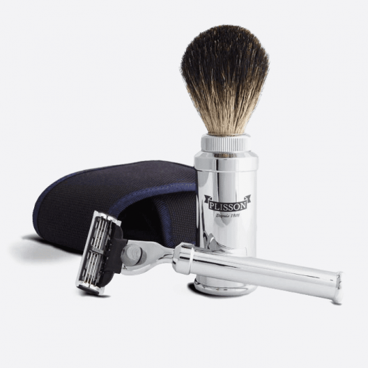 Shaving set for travel