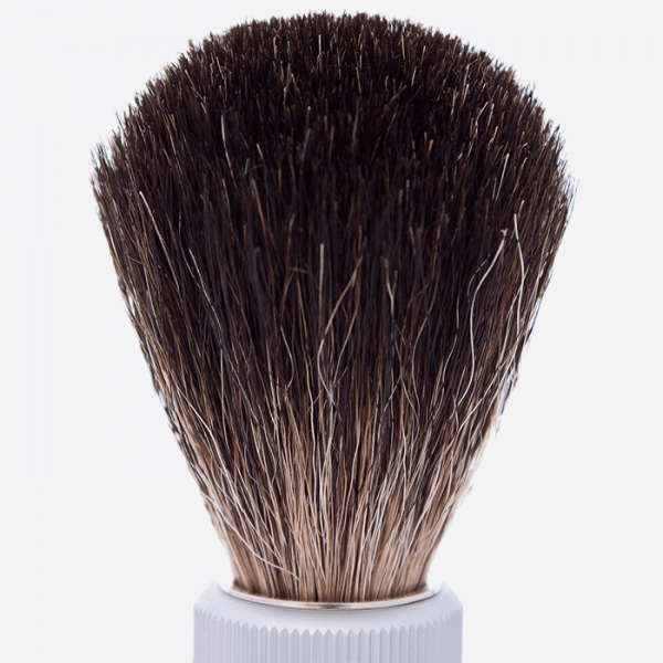 Cepillo de afeitar de viaje negro puro