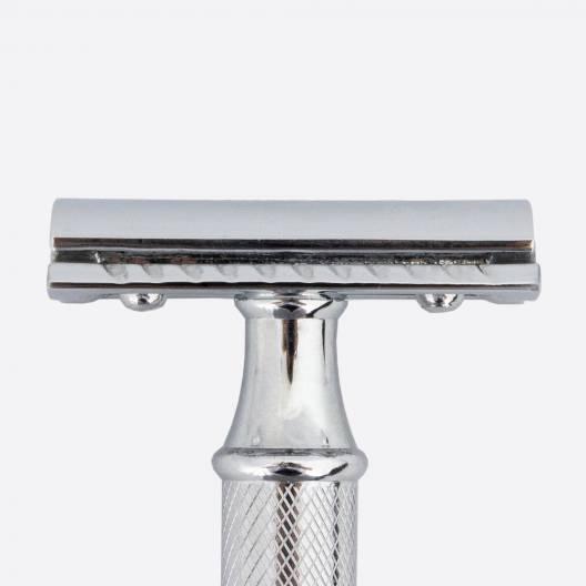 Maquinilla de afeitar de seguridad Essential cromada