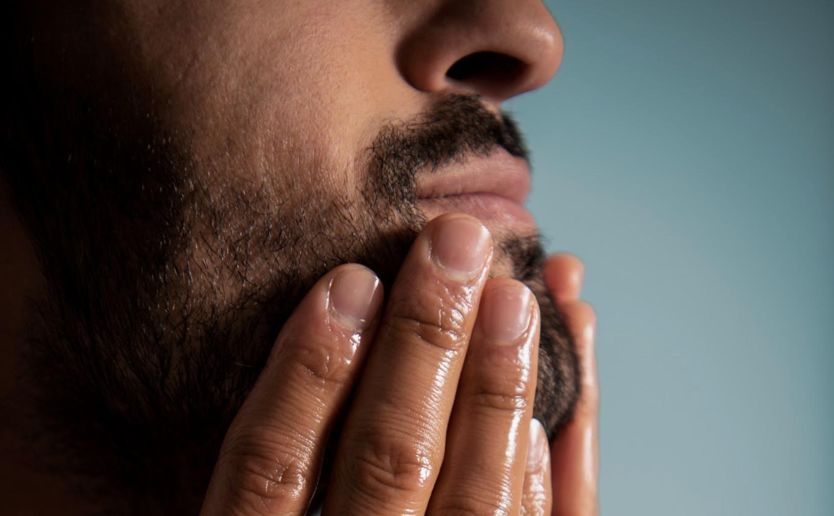 Huile à barbe naturelle Plisson pour homme